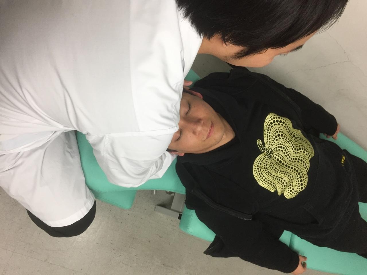 頭蓋調整(クラニオセイクラル)